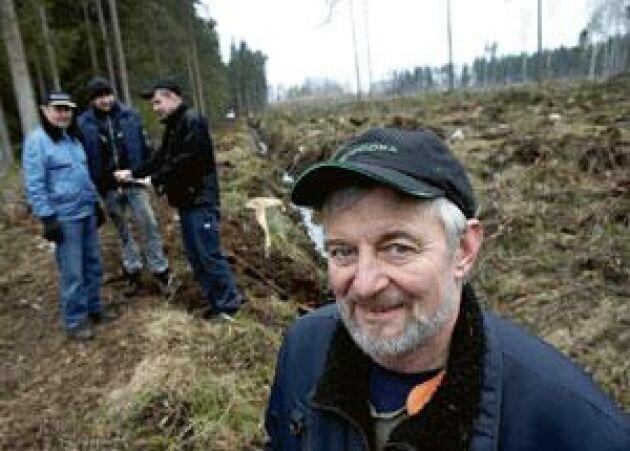 Arne Karlsson i Stojby utanför Växjö tror på skogen. Foto: Hans Runesson