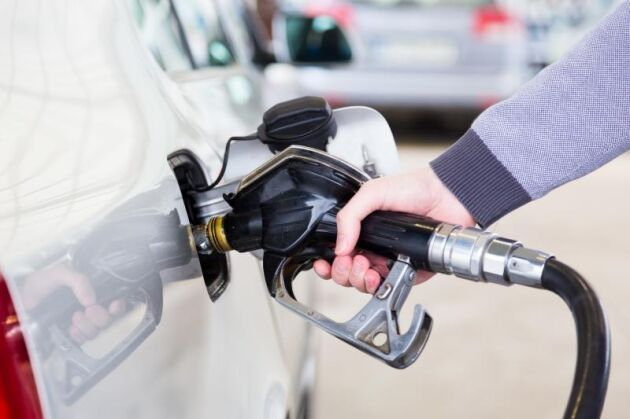 Dieselpriset sänktes på måndagen medan priserna för bensin och etanol var oförändrade.