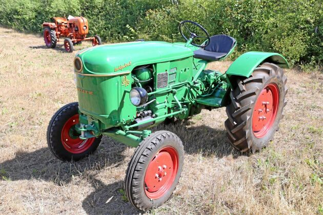 70 000 kr, Deutz D15-N1 1-cyl T130 1960, Första årsmodellen av Deutz smidiga lilla D15N. Mycket fint renoverad och går bra!