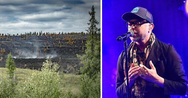 Artisten Tomas Andersson Wij inspirerades till gratiskonserten efter att ha sett brandröken under sina sommarturnéer.