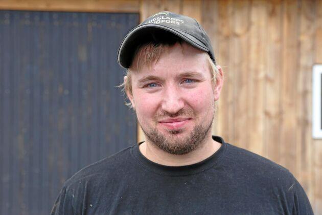 Christoffer Eriksson, mjölkbonde och råttbekämpare i Ör norr om Växjö.