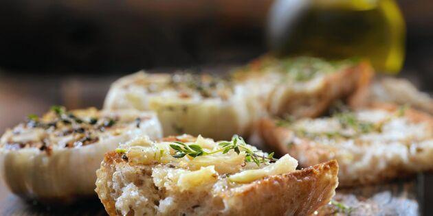 Zeinas frasiga vitlöksbröd – gott till allt!