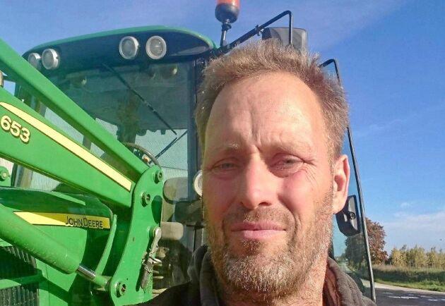 Ekobonden Frans Brozén är potatis- och grönsaksodlare på Gotland och tycker att EU:s krisreservsfond betalar ut löjligt små summor. Själv fick han 135 kronor i år.