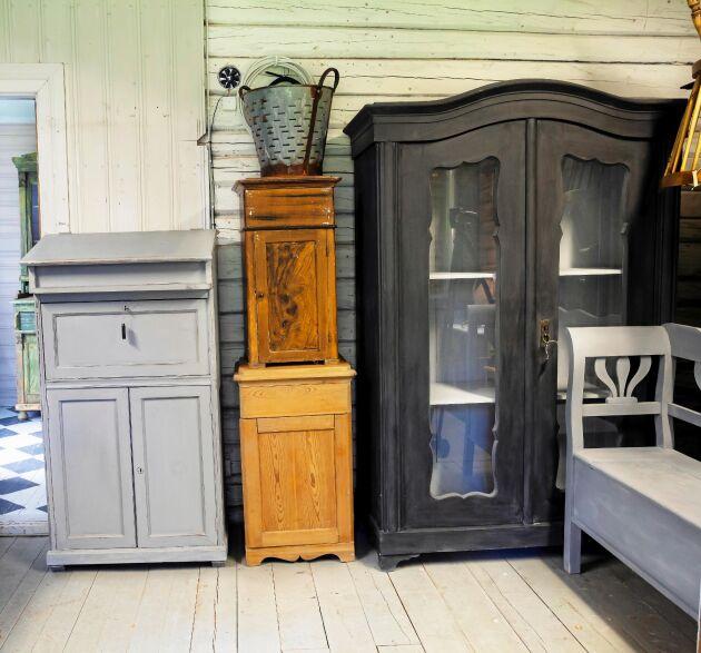 Bagarstugan är en skattgömma för alla som älskar gamla och antika möbler.