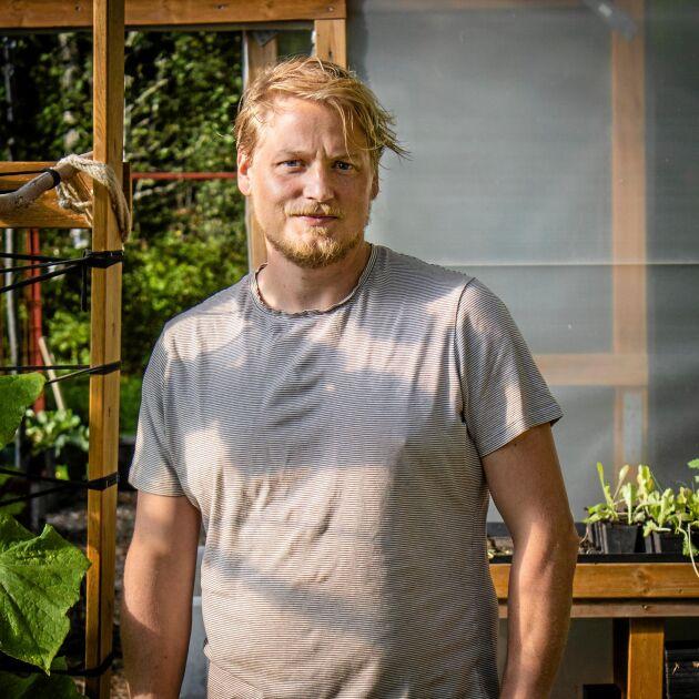 Daniel Sjöström, Gjordnära.