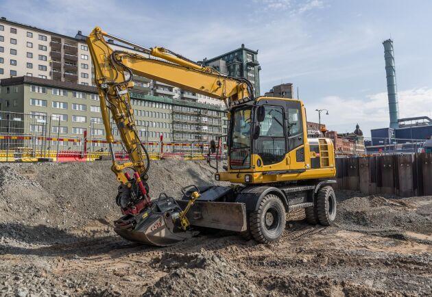 Lönerna stiger för maskinförarna inom bygg- och anläggningsbranschen. Siffror från Byggnads visar en snittlön på 30 339 kronor i månaden för andra kvartalet 2018.