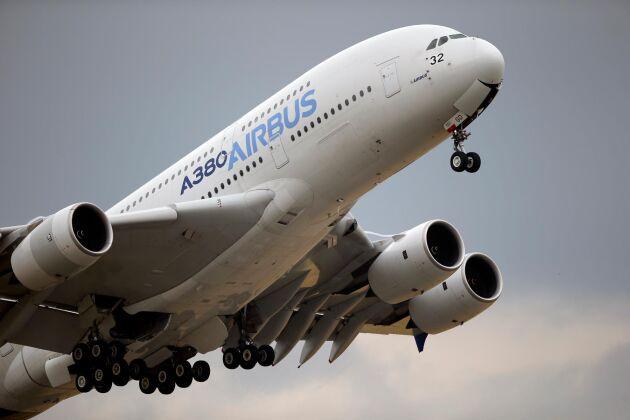 Flygplanstillverkaren Airbus beläggs med amerikanska tullar – liksom industri- och jordbruksprodukter från EU.