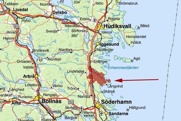 Fastigheten ligger vid Östersjöns strand strax söder om Hudiksvall.