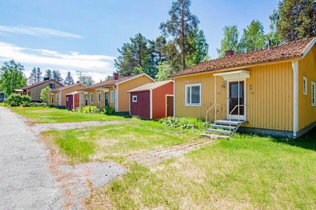 Husen på Ringvägen är enkla och i behov av renovering.