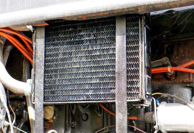 Värmepaketet från en Volvo 240 ger extra kylning.