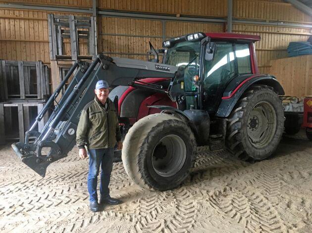 Traktorerna går omkring 500 timmar per år var och enbart på HVO.