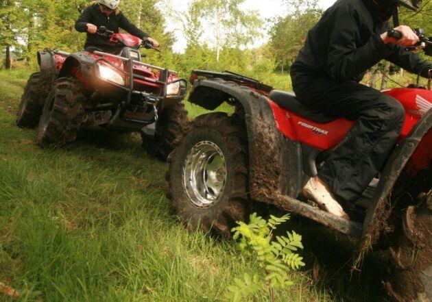 Terränghjulingar får inte köras i terräng, med några undantag. Bilden är tagen vid ett annat tillfälle.