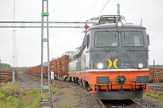 En tågtransport motsvarar 35 lastbilar.