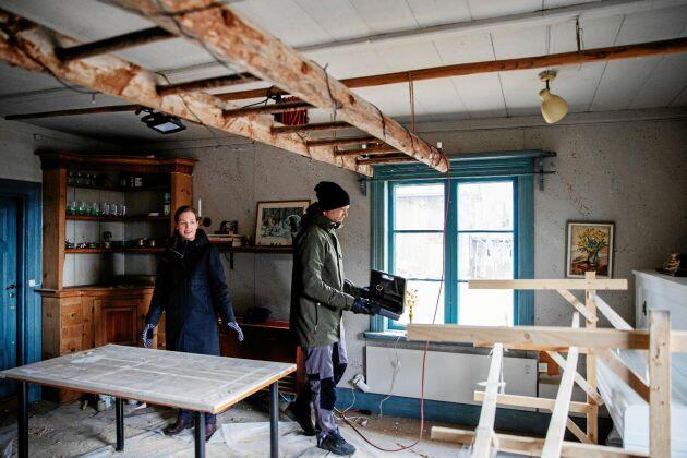 Stora salen som Anna och Torbjörn vill renovera färdigt och ha som frukostrum för sitt tänkta bed and breakfast i framtiden.