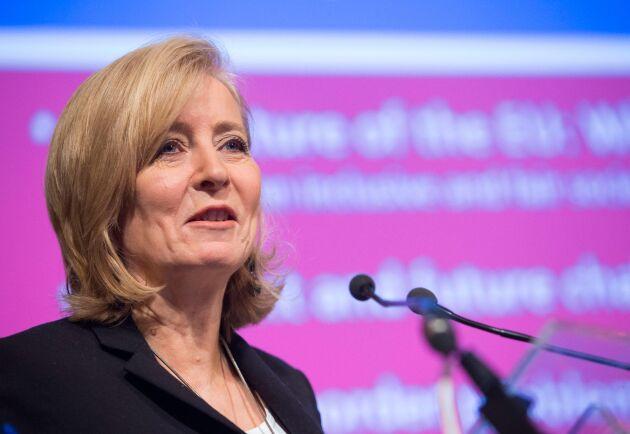 Irländskan Emily O'Reilly är EU:s Ombudsman, med uppgift att granska hur EU:s institutioner sköter sitt arbete.