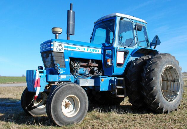 Ford 8700 får sig en släng av kritik för en modell som anses som svår att växla.
