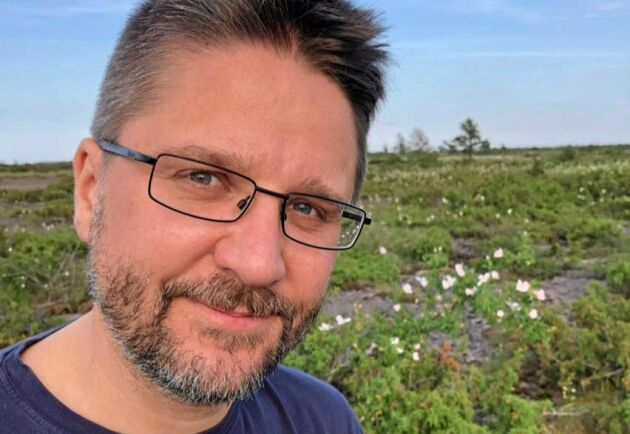 Rasmus Hovmöller är jourhavande biolog vid Naturhistoriska riksmuseet i Stockholm och en vän av tvestjärtar.