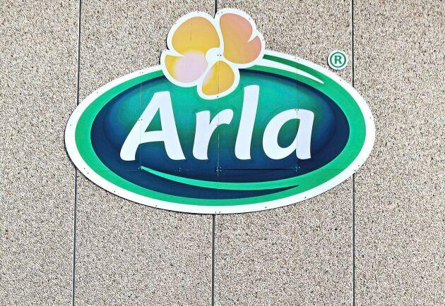 Att Arla inte ville svara på Uppdrag gransknings frågor eller se filmen från gården som anklagades för vanvård visar på en förvånansvärd brist på kompetens när det gäller kommunikation, anser debattören.
