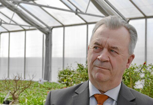 Landsbygdsminister Sven-Erik Bucht (S) vill öppna dörrar för svenska företag att exportera livsmedel till Asien.