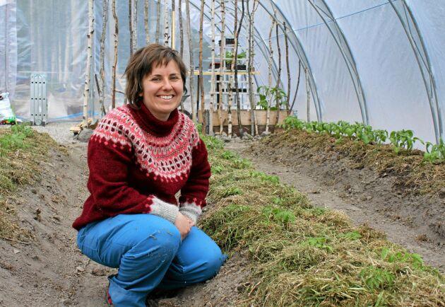 """""""Kunskapen om hur man odlar på att försvinna"""", säger Elin Enander, som andelsodlar grönsaker helt utan bekämpningsmedel."""