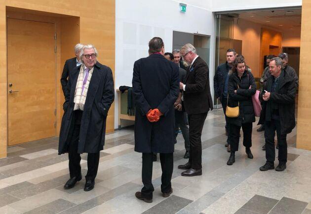 """Karl Hedin svarade kortfattat på åklagarens frågor under andra dagens rättegång i den så kallade """"jakthärvan""""."""