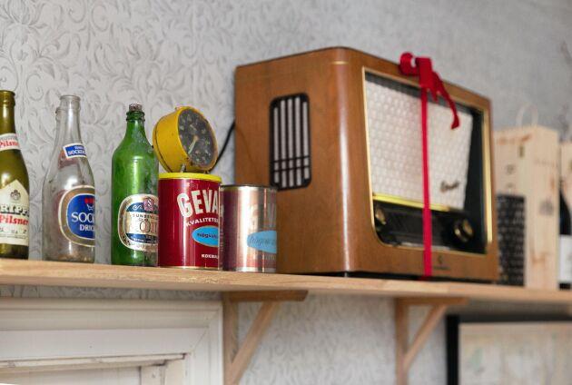 Alla prylar och möbler är från 1940-, 1950- och 1960-talen.