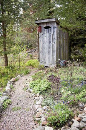 I ekobyn bygger alla sina hus så som de själva vill, däremot är avlopps- och vattensystemet gemensamt.