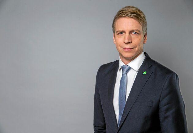 Per Bolund är språkrör för Miljöpartiet och finansmarknads- och bostadsminister.