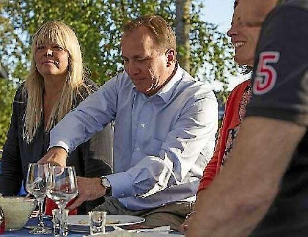 Statsminister Stefan Löfven var år 2016 inbjuden som hedersgäst till Kallax surströmmingspremiär.