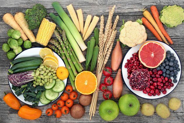 Buffé av grönsaker och gryn som ger dig de fyra viktiga kostfibrerna.