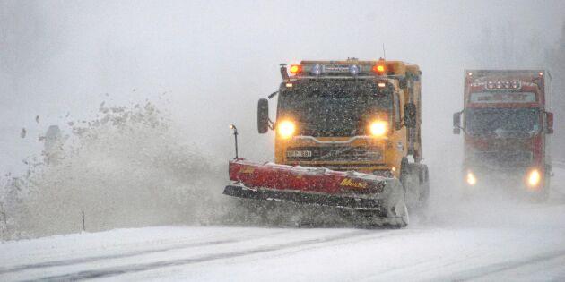 Plogbilsförare fångade tjuvar med snövallar