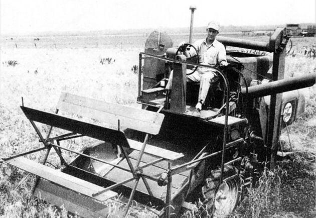 Det här är den första moderna skördetröskan, den var mindre och billigare än sina föregångare.