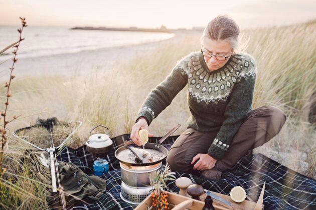 Oavsett vad du lagar, får du med hjälpa av Trangia stormkök chansen att njuta av en måltid kryddad med dofterna från skog och mark.