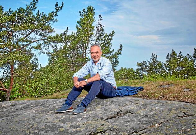 – Ett utträde ur EU skulle vara dåligt för Sverige. Det leder till minskad BNP, högre priser och 150 000 färre jobb, säger Jan Björklund till Land Lantbruk.