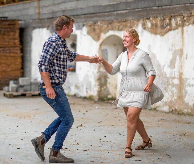 Dansglädje! 2013 möttes de på en dans på klassiska Sommarlust i Kristianstad.