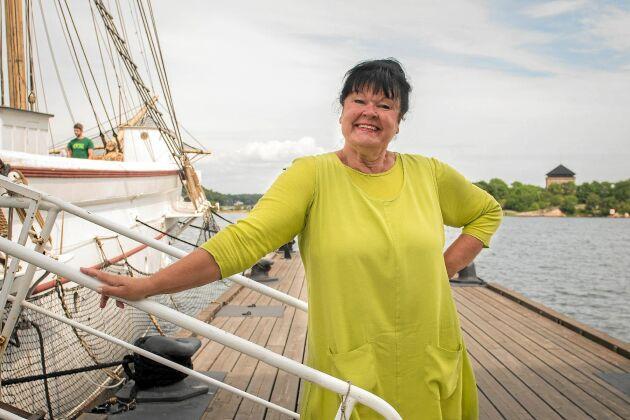 Radioveteranen Lisa Syrén leder förstås 50-års kalaset i P4 för Ring så spelar vi.