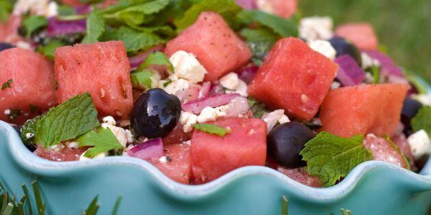 Vattenmelonsallad med feta, mynta och lime