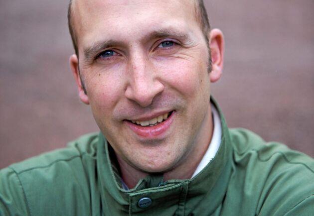 Martin Krokstorp, Sveriges Spannmålsodlarförening, tycker att Krav svartmålar största delen av livsmedelsproduktionen.