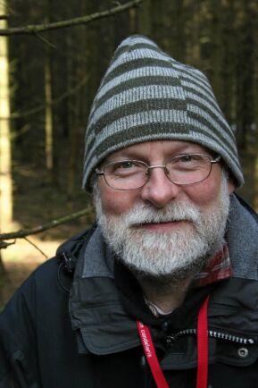 Gunnar Isacsson, Skogsstyrelsens skogsskadeexpert, oroas av de stora skador som han befarar blir följden kommande år tillföljd av det varma försommarvädret. Skogsbruket bör fundera på storskalig användning av barkborrefällor i plast, menar han.