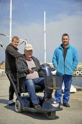 Tre generationers yrkesfiskare: André Nilsson med morfar Jim Bengtsson och pappa Joakim Nilsson.