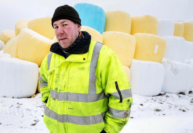 Lantbrukaren Per Wendler, Linköping, konstaterar att många har det tufft efter torkan.