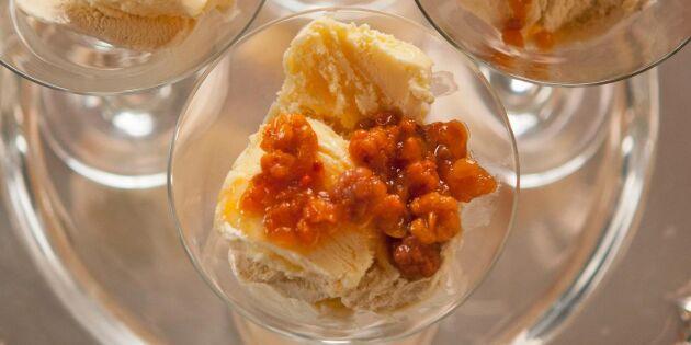 Krämig glass med messmör och hjortron