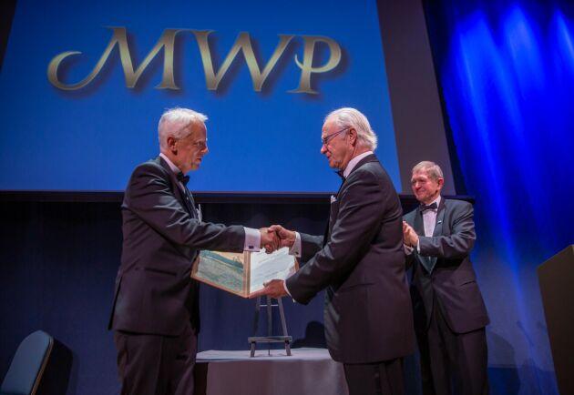 Kung Carl XVI Gustaf överlämnade Marcus Wallenbergpriset 2019 till Gerhard Schickhofer under en ceremoni på måndagskvällen på Grand Hôtel i Stockholm.