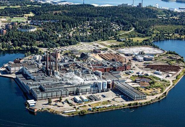 En kabelbrand stoppade produktionen vid pappersbruket i Ortviken.