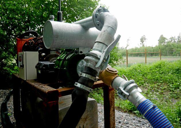 Nu går pumpen på gröndiesel, men förhoppningen är att framöver kunna köra pumpen på RME, biodiesel gjord på rapsolja och metanol.