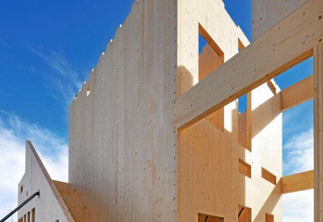 Bygge av KL-trä signerat Stora Enso.