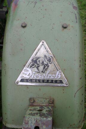 """Fendts logga """"Dieselross"""" betyder ju """"Dieselhäst"""" och innehåller givetvis en häst."""