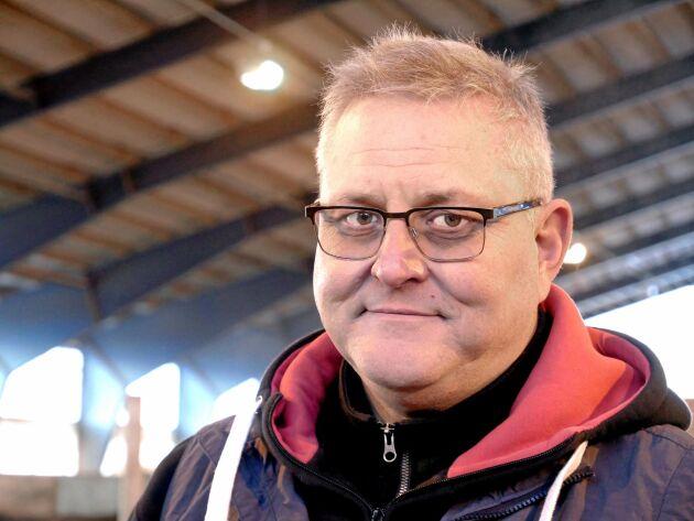 Janne Hansson driver Vallens gård. I höstas valdes han in i Arlas styrelse.