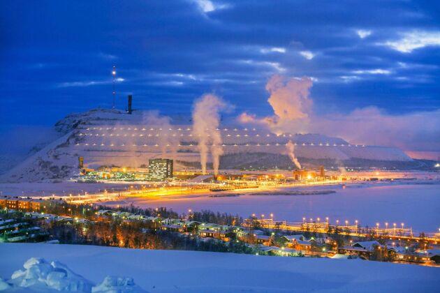 Isande kall och vacker vy över LKAB och den välkända gruvan i Kiruna.