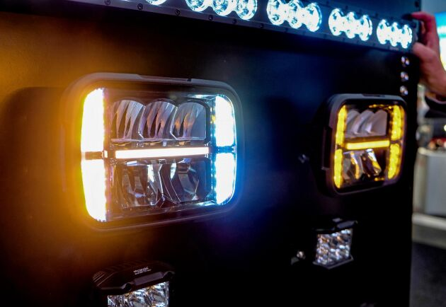 Multifunktion. Enheten Alaska från Strands är en snöplogslampa med uppvärmt glas.